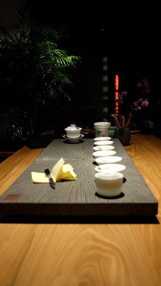 中式风办公室设计茶具图片
