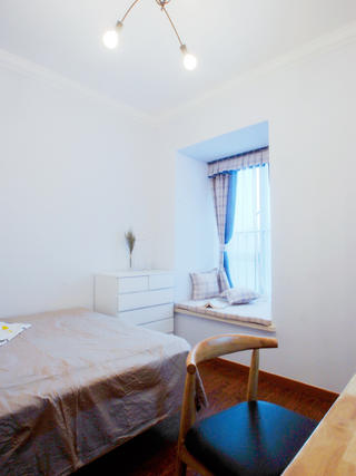 北欧二居室装修飘窗设计