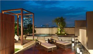 东南亚风格别墅装修露台设计图