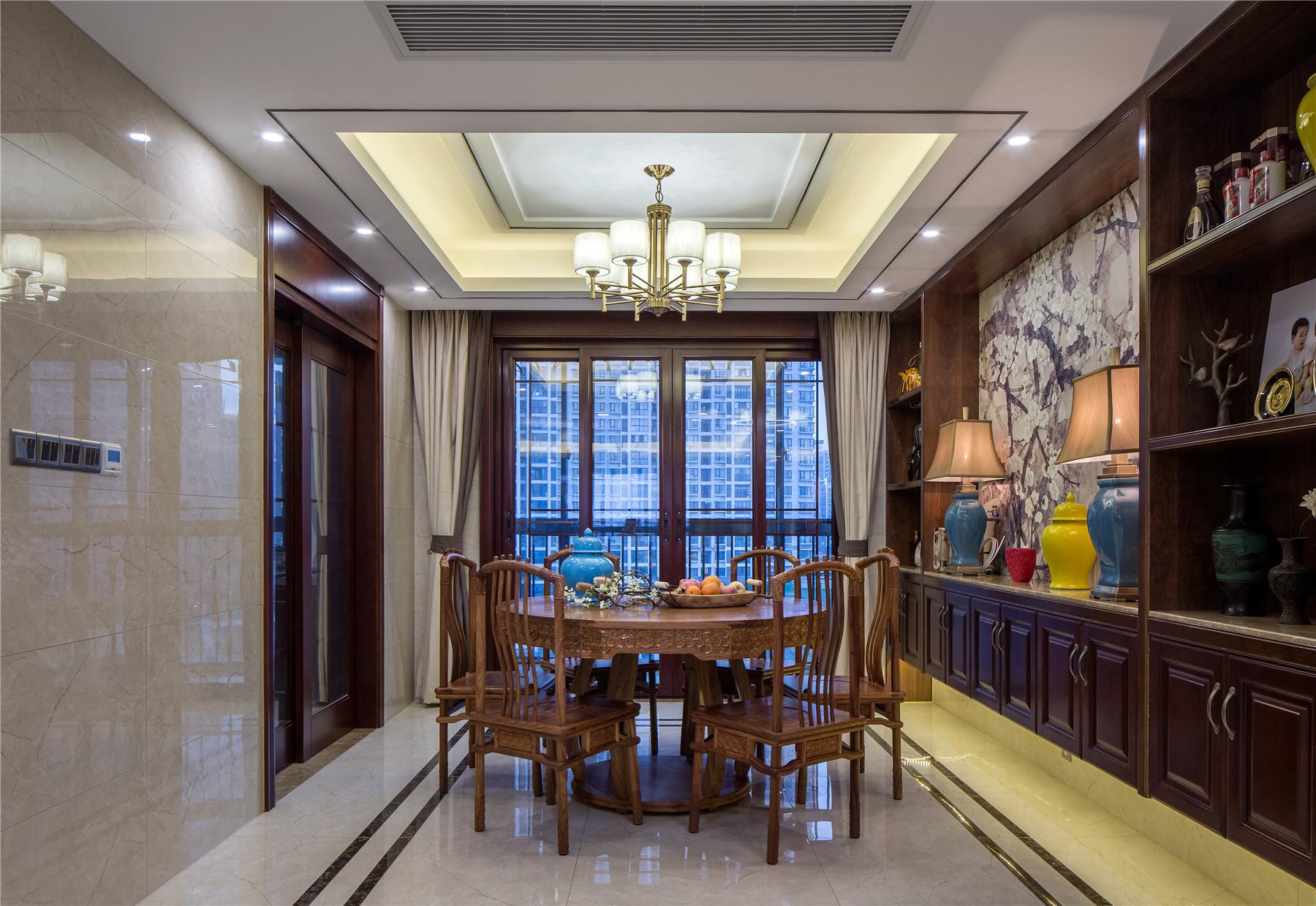 中式风格四房装修餐厅效果图
