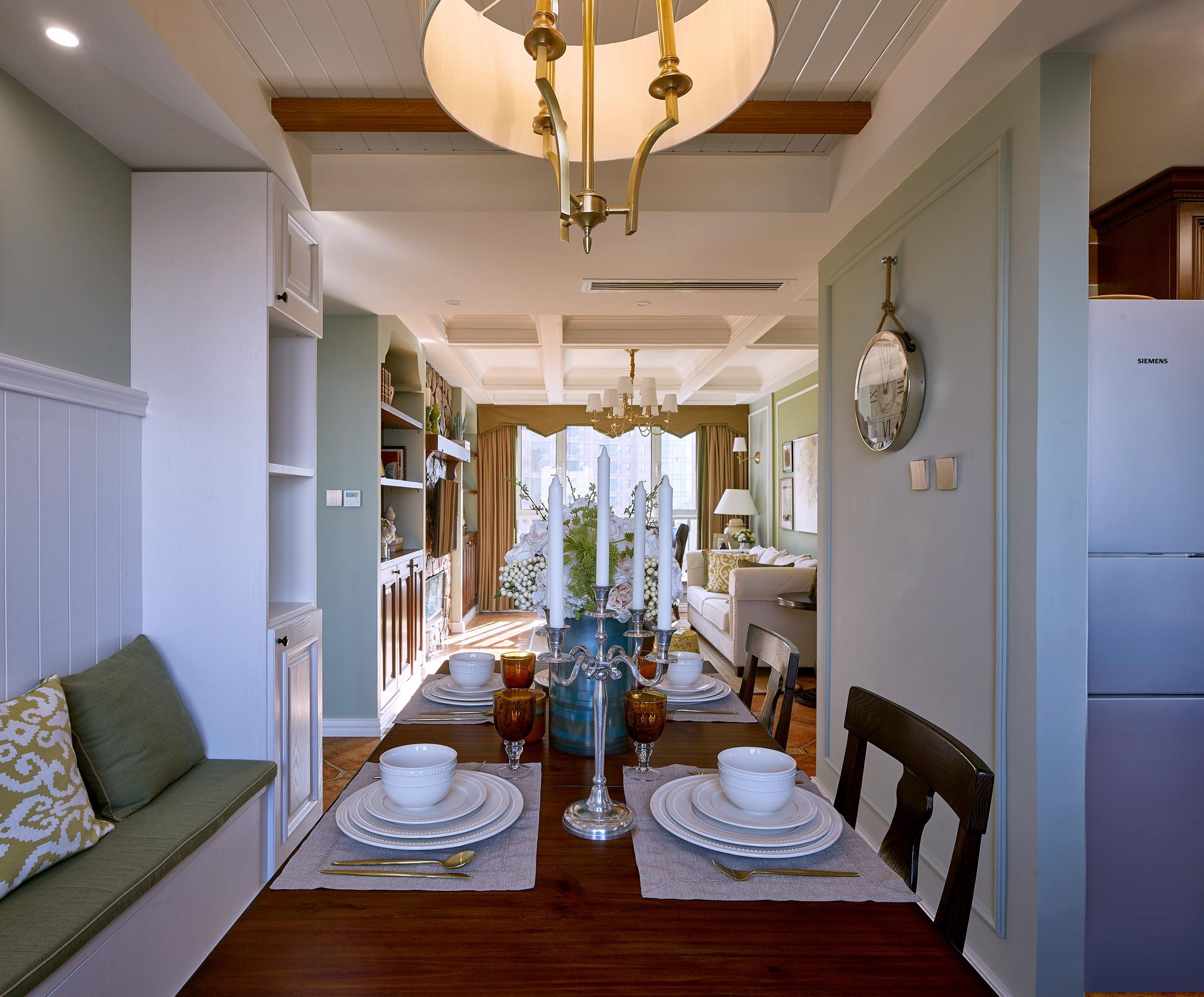 美式二居装修餐厅效果图
