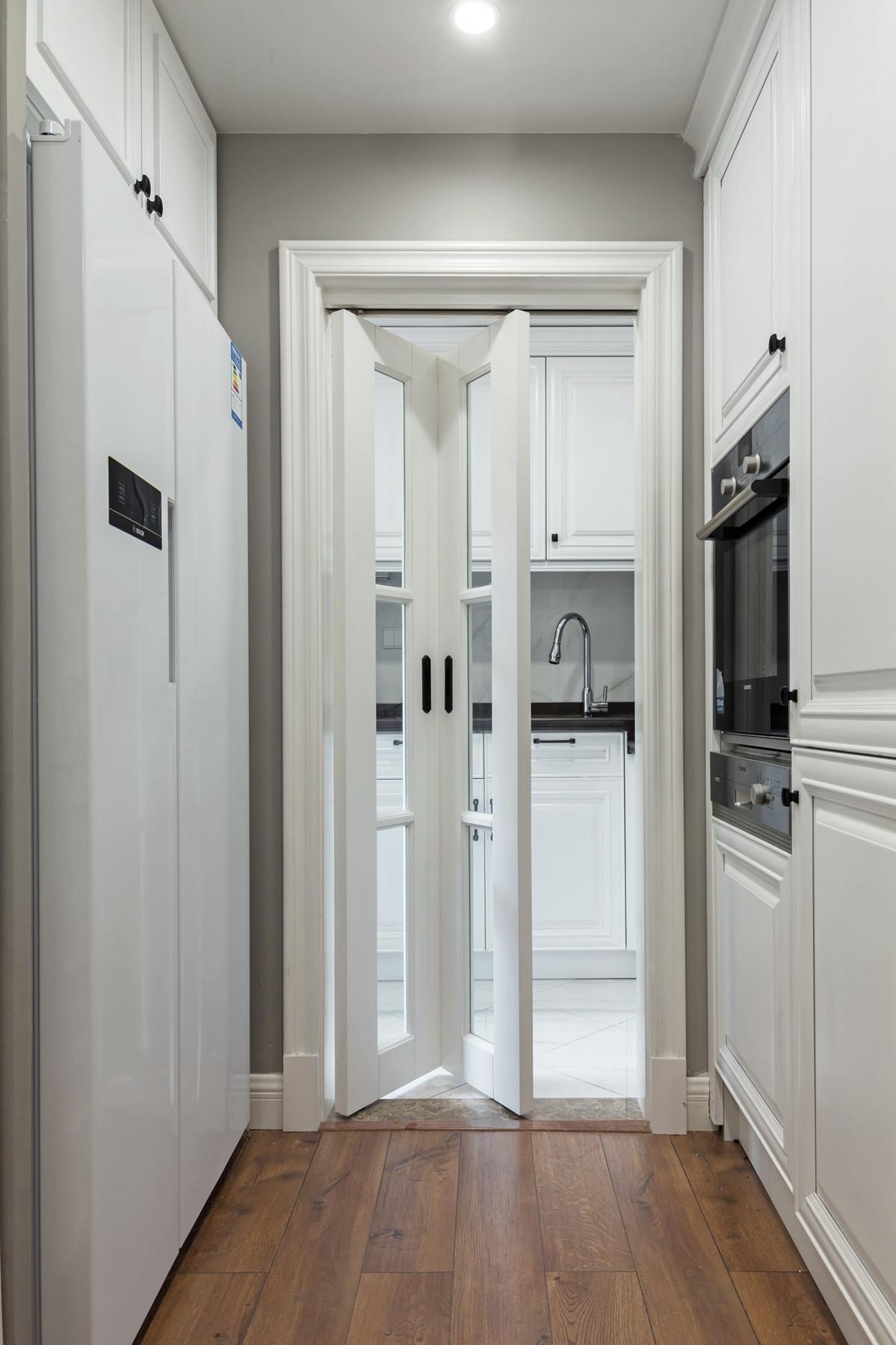180㎡美式装修折叠门设计