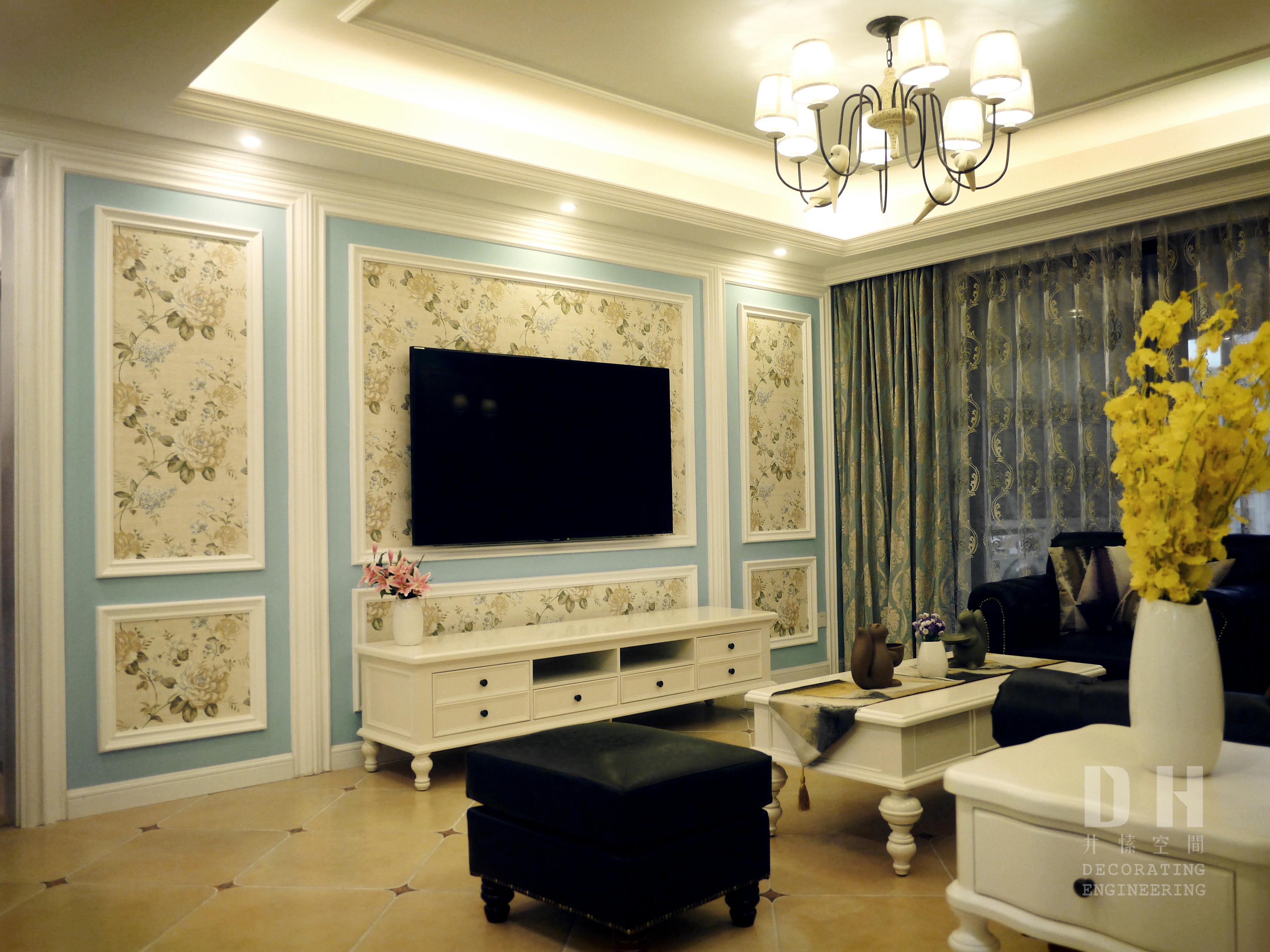 130平美式风格装修电视背景墙图片