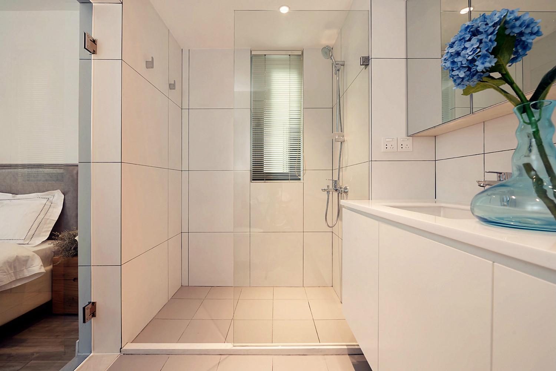 北欧风格三居室装修淋浴房图片