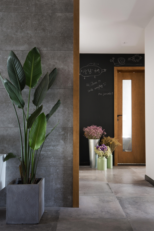 110平Loft风格装修绿植图片