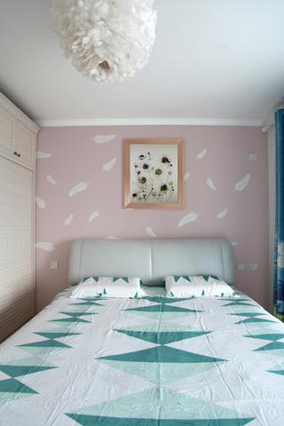 混搭二居装修床头背景墙图片