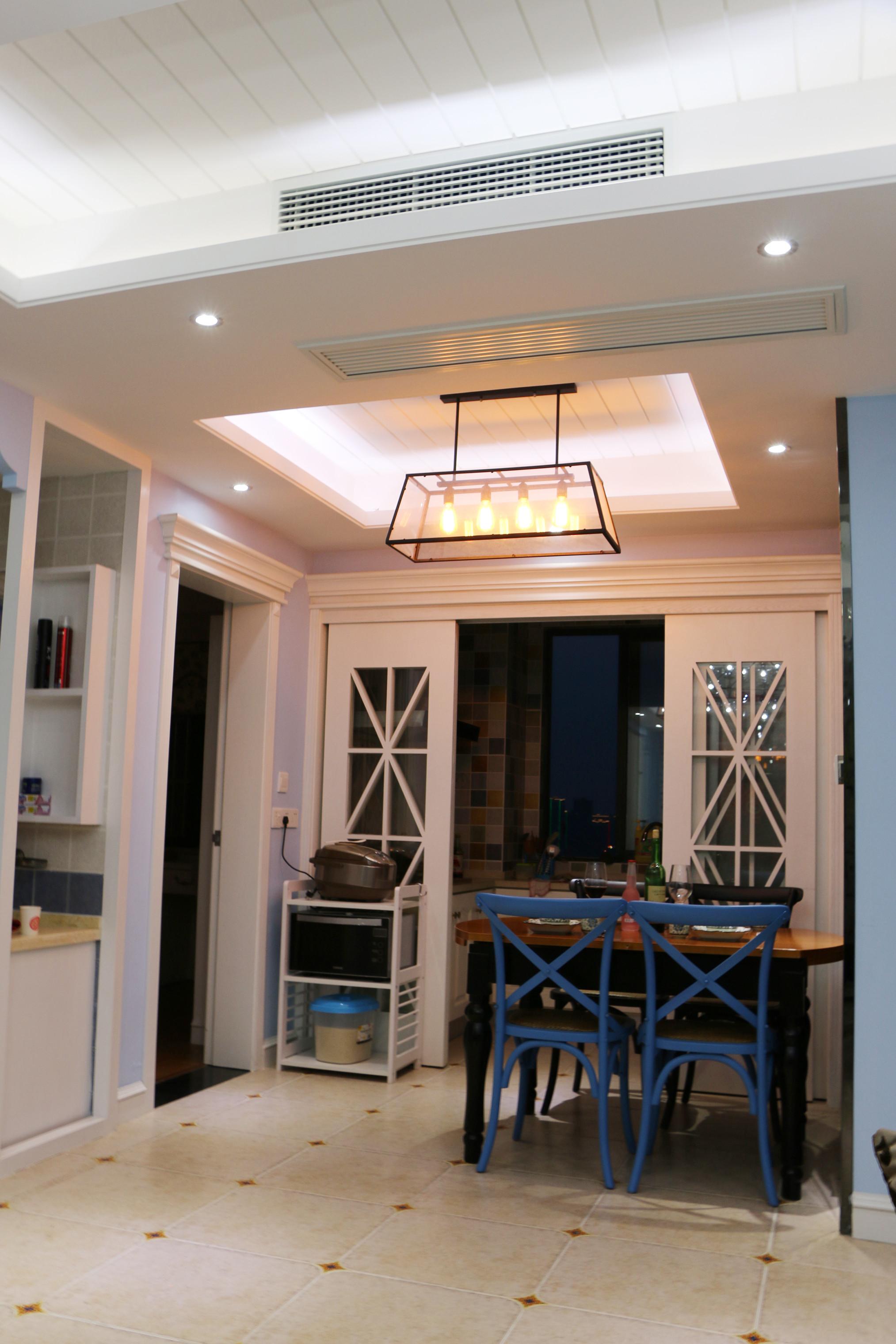 80平美式风装修餐厅吊顶设计