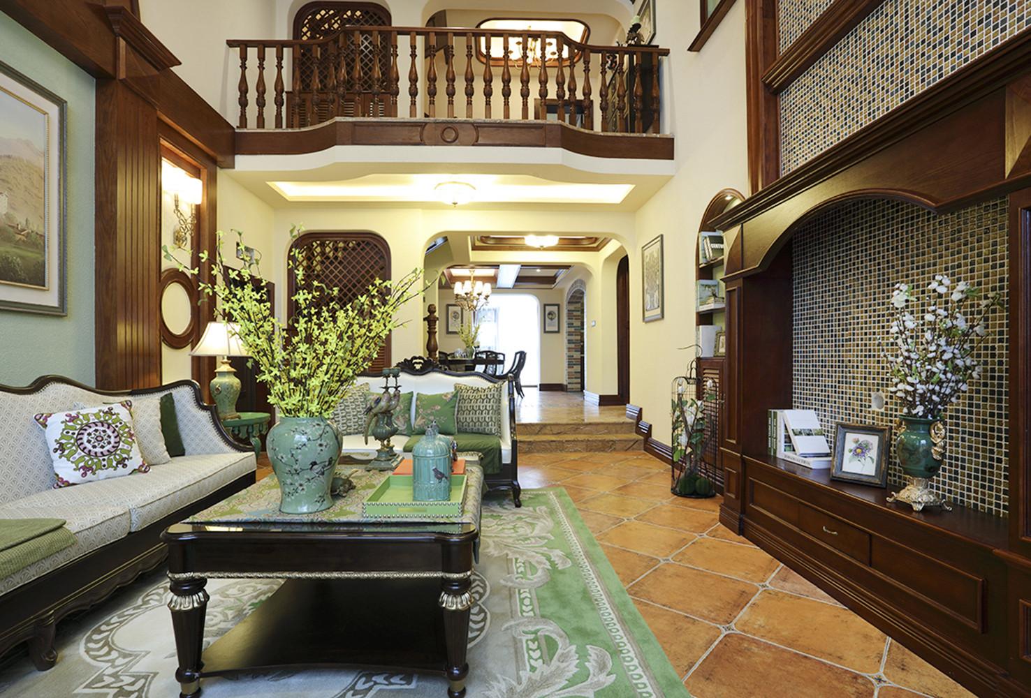美式别墅装修客厅搭配图