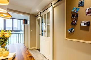 三居室简约风格家谷仓门设计