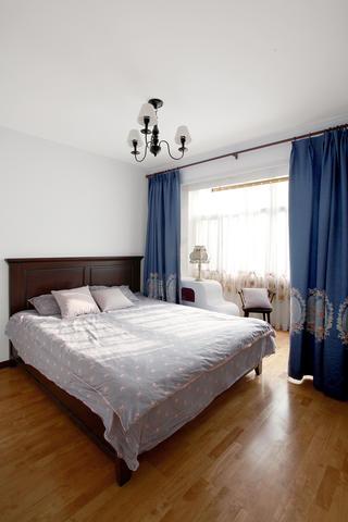 混搭二居室装修卧室设计图