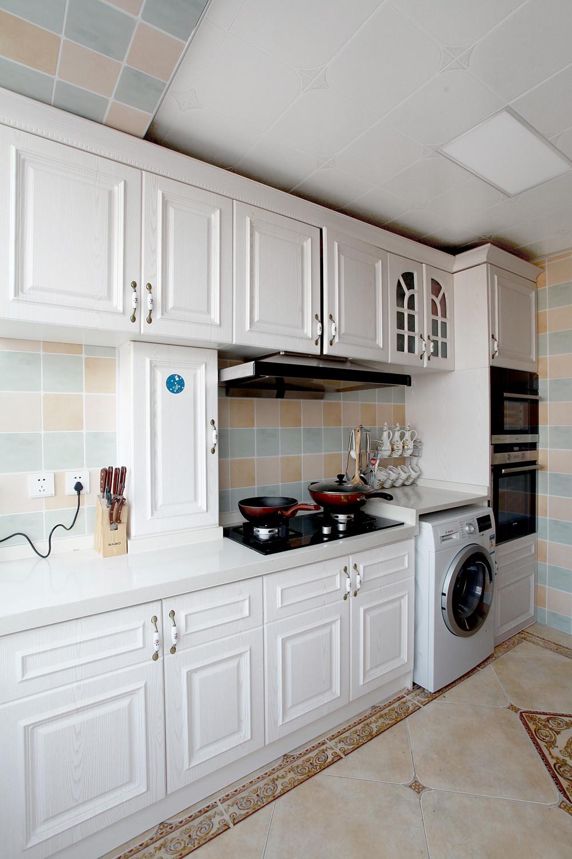 混搭二居室装修橱柜图片
