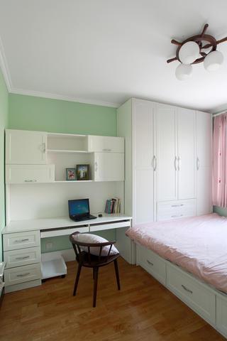 混搭二居室装修次卧设计图