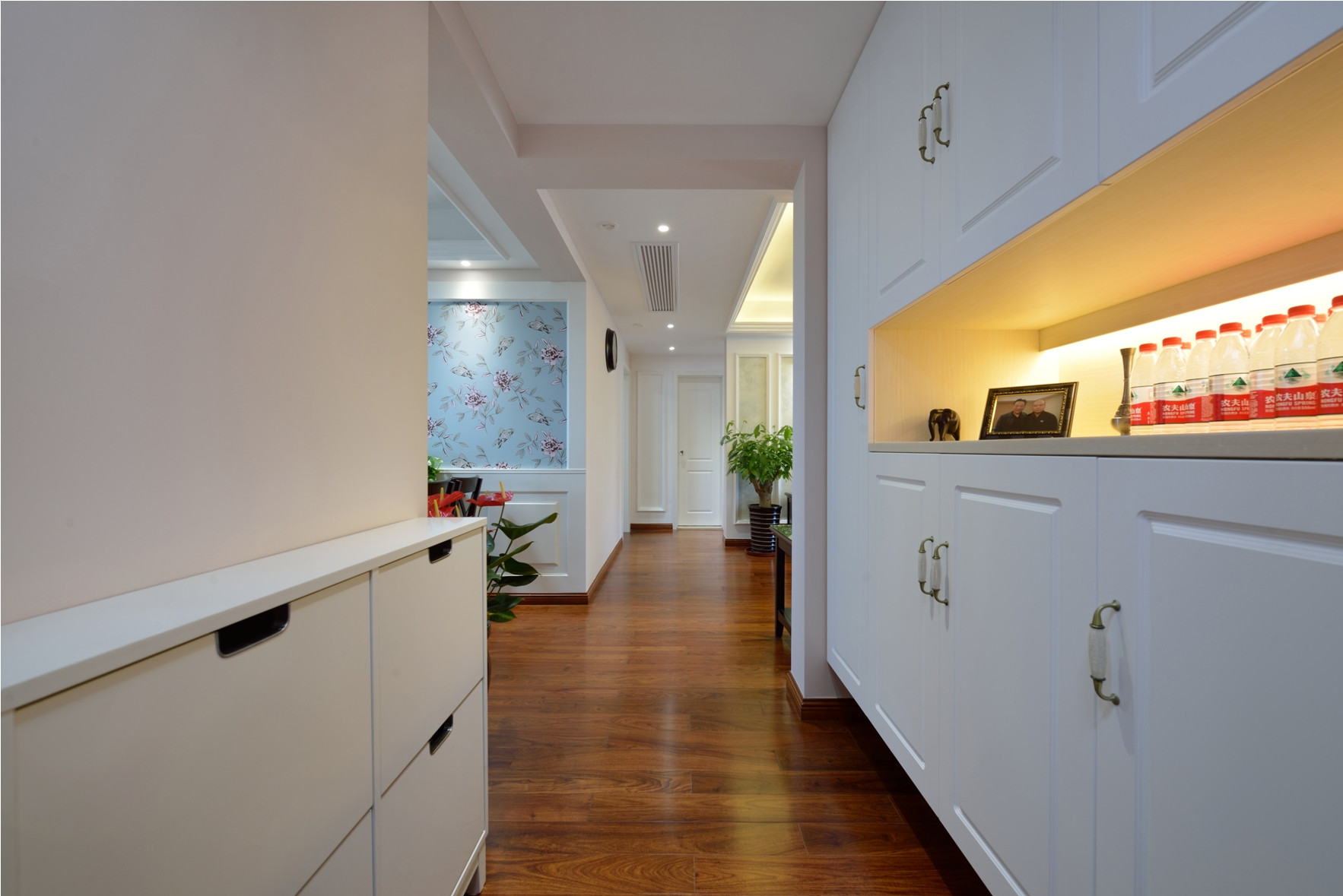 二居室美式之家鞋柜图片