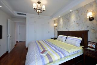 二居室美式之家衣柜图片