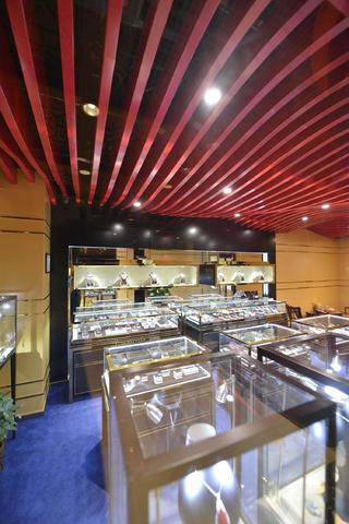 25平珠宝店装修展厅布置图