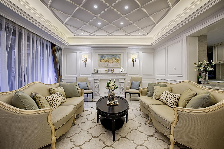 美式复式装修客厅顶面造型图