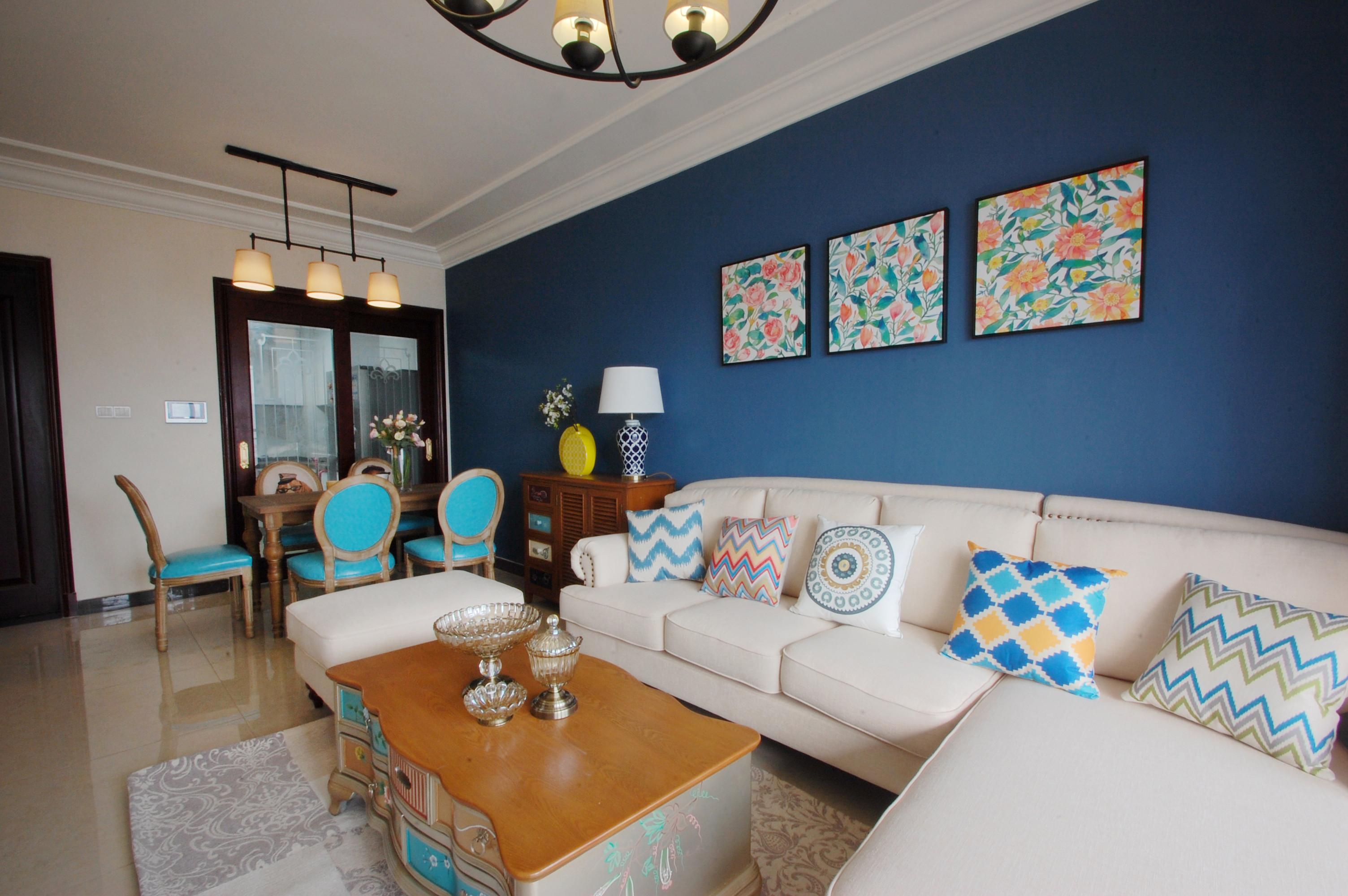 80平美式风二居装修沙发背景墙图片