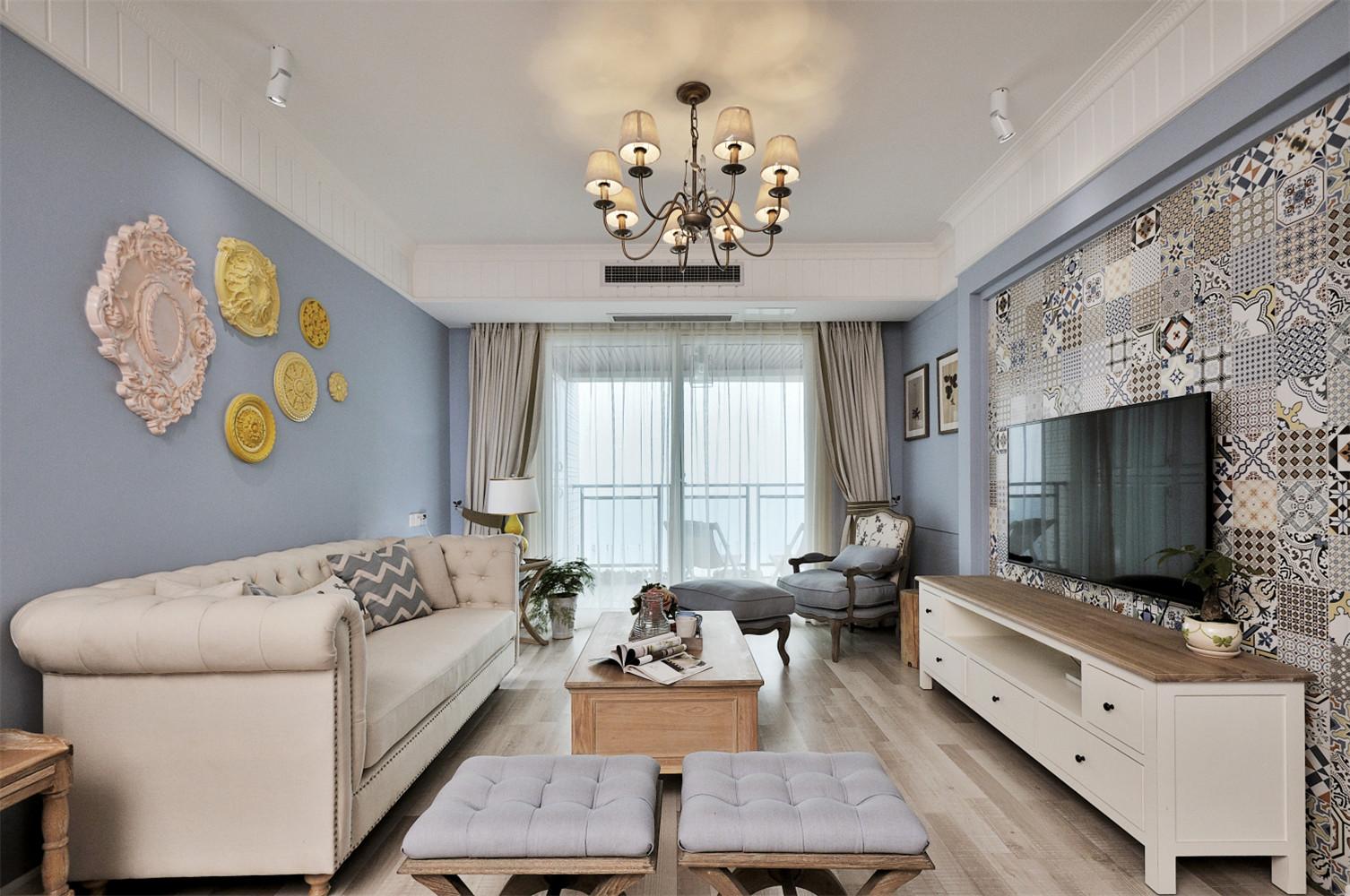清新小法式四房装修客厅效果图