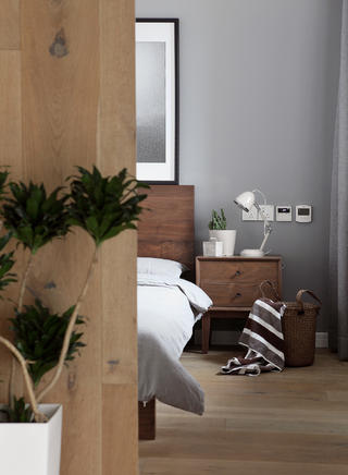 160平北欧之家床头柜图片