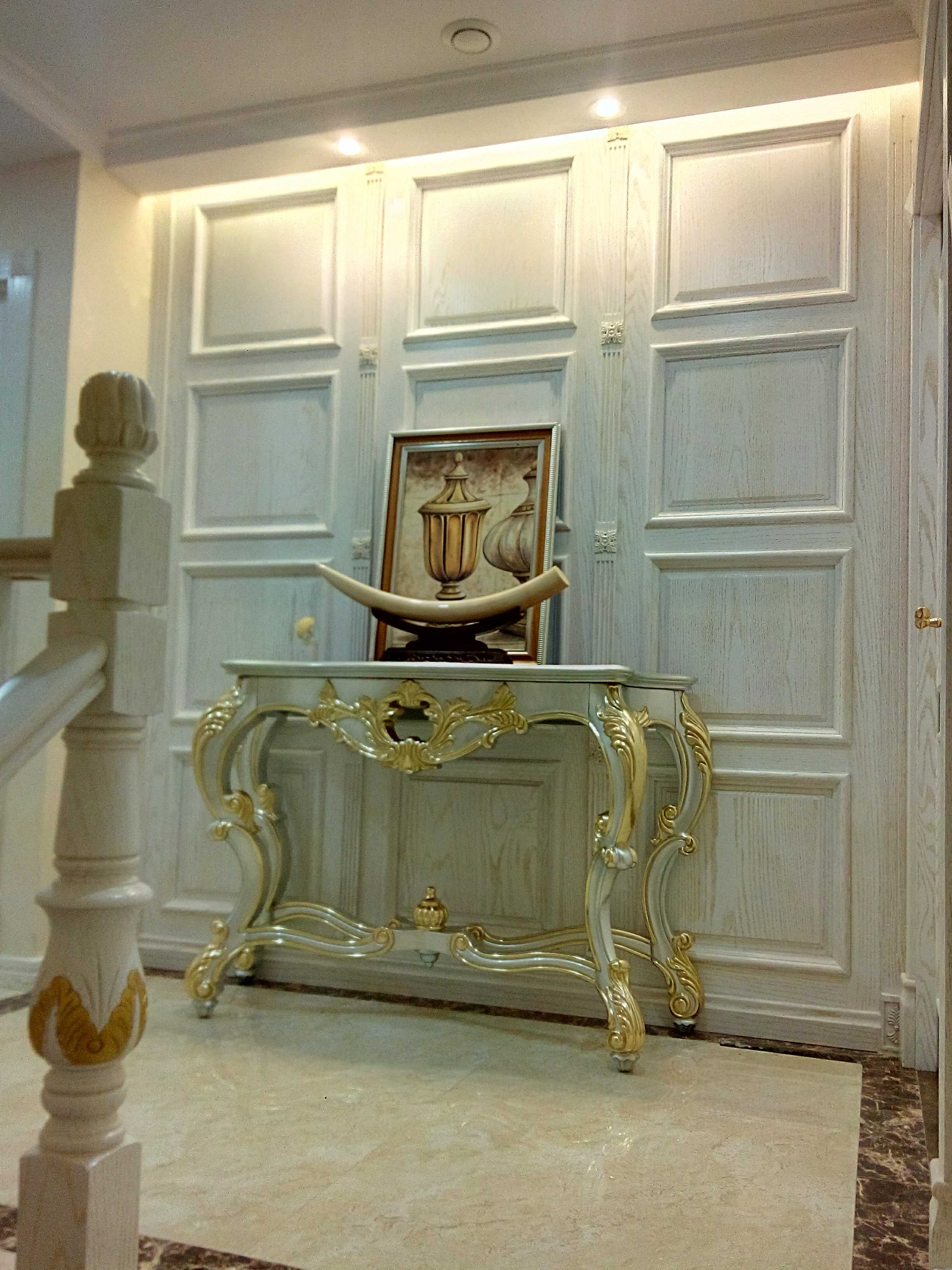 欧式风格别墅装修玄关柜图片