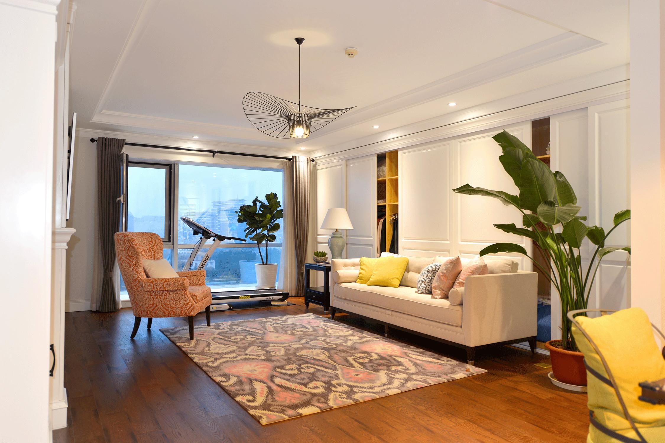 美式三居装修客厅吊顶图片