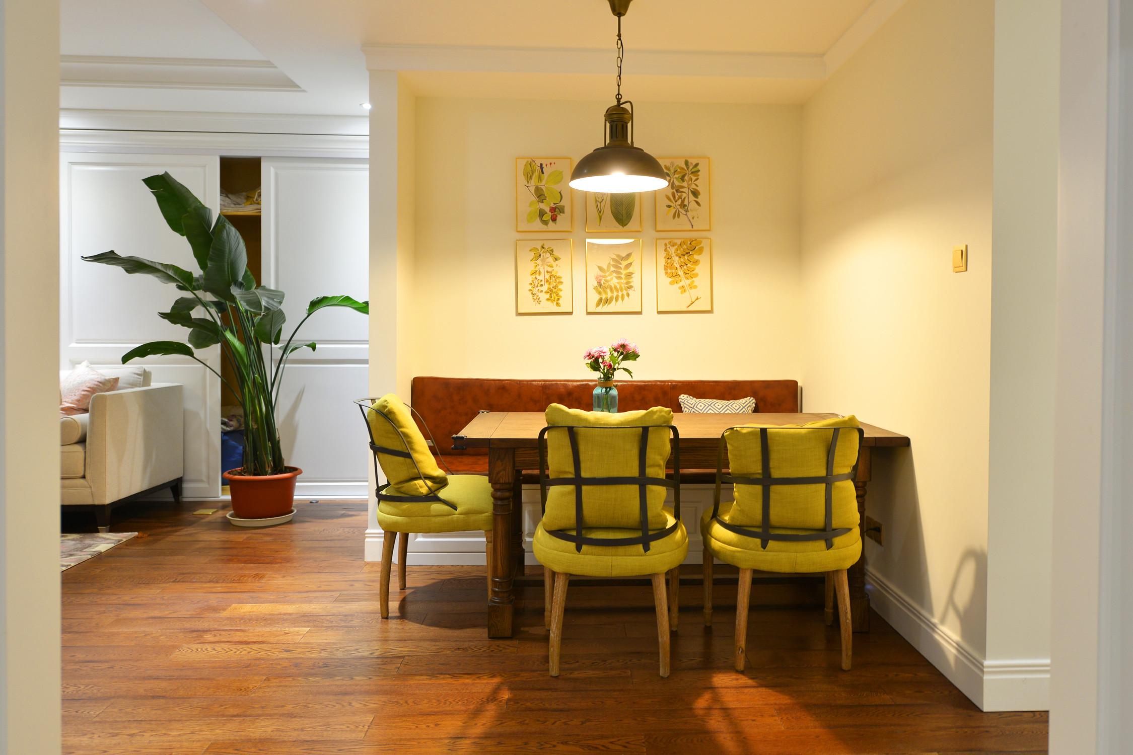 美式三居装修餐厅背景墙图片