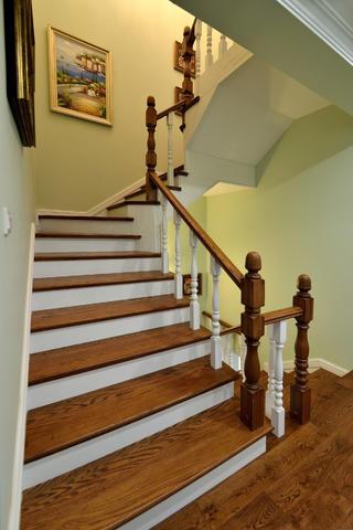 简美复式装修楼梯图片