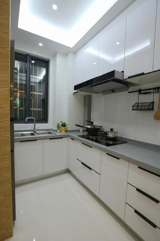 北欧三居装修厨房实景图