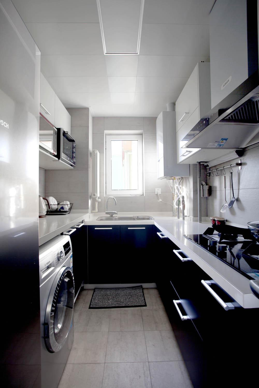 70平简美二居装修厨房效果图