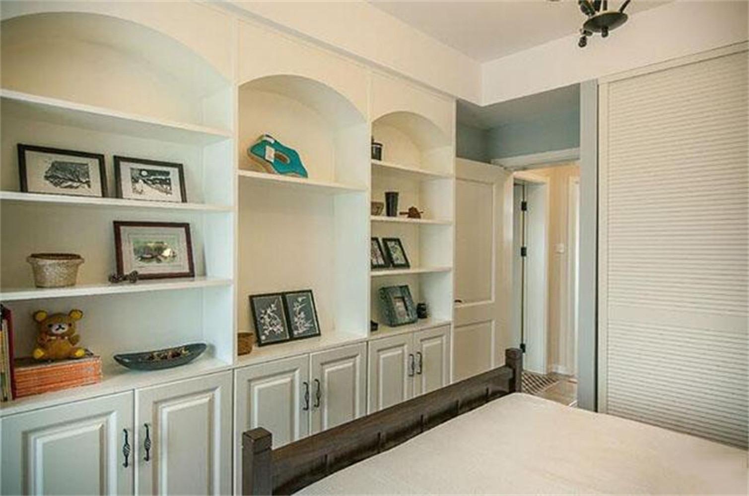 120㎡美式三居装修展示柜图片