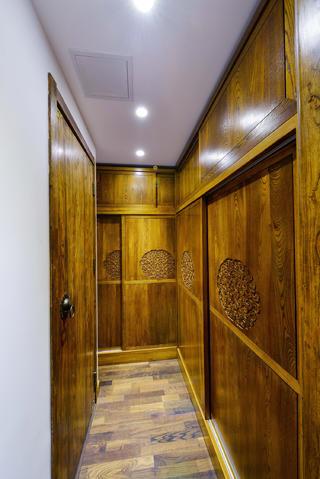 新中式三居装修衣柜图片