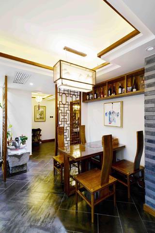 新中式三居装修餐厅布局图