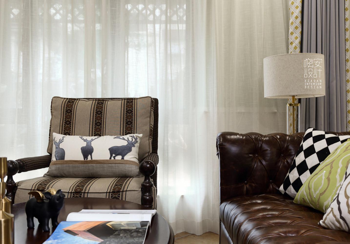 简美复式装修沙发一隅