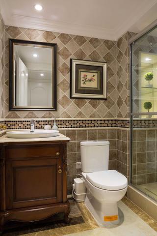 美式别墅装修卫生间设计图