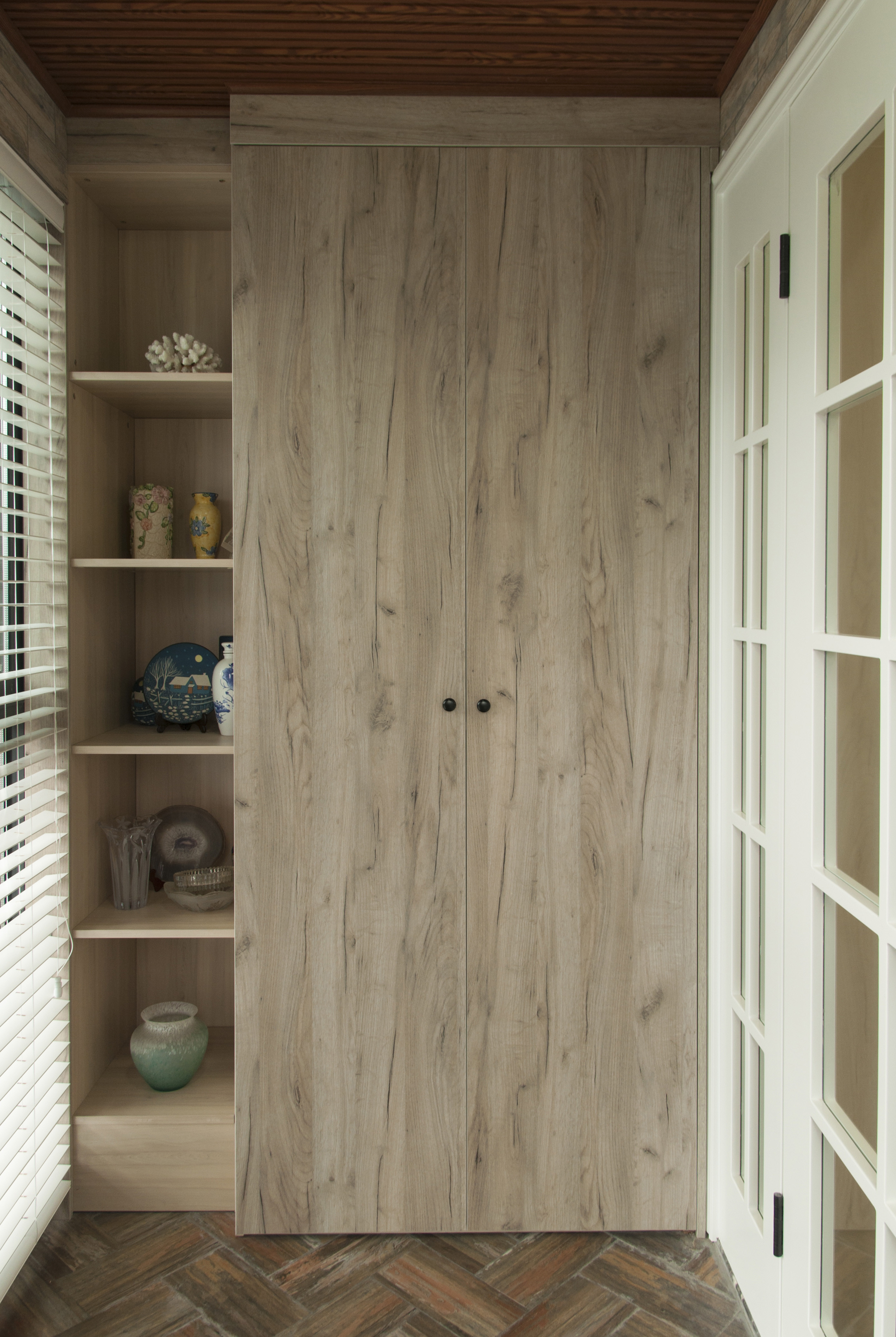 美式二居装修阳台储物柜图片