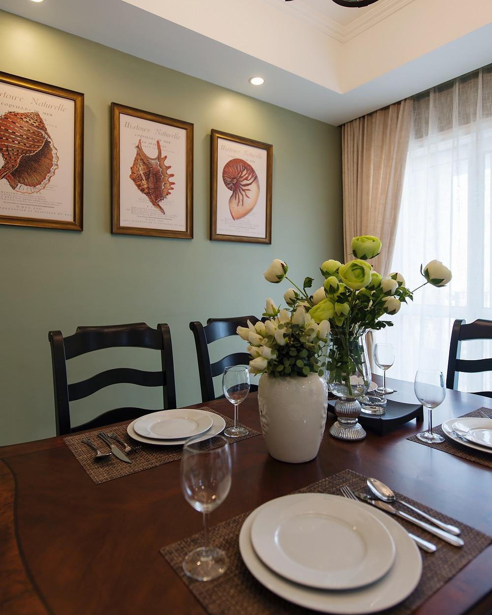 150平美式风装修餐厅背景墙图片