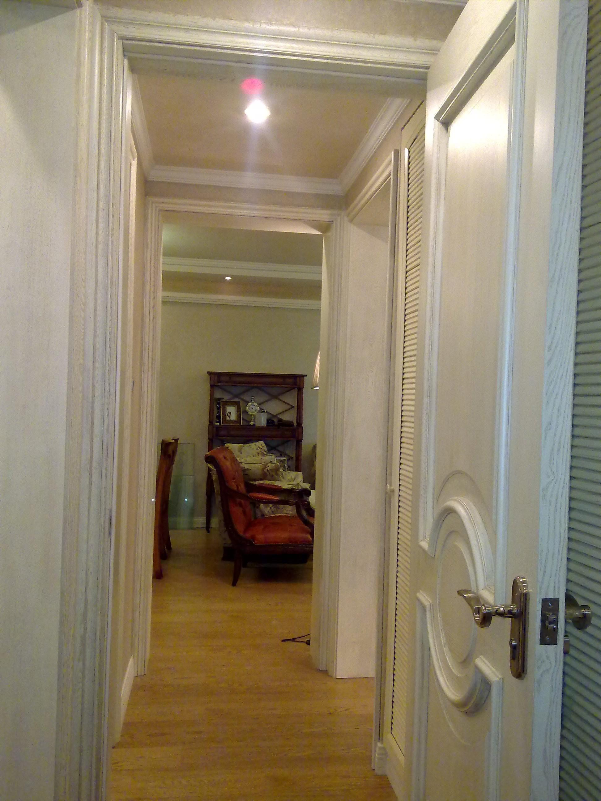 美式三居室装修过道图片
