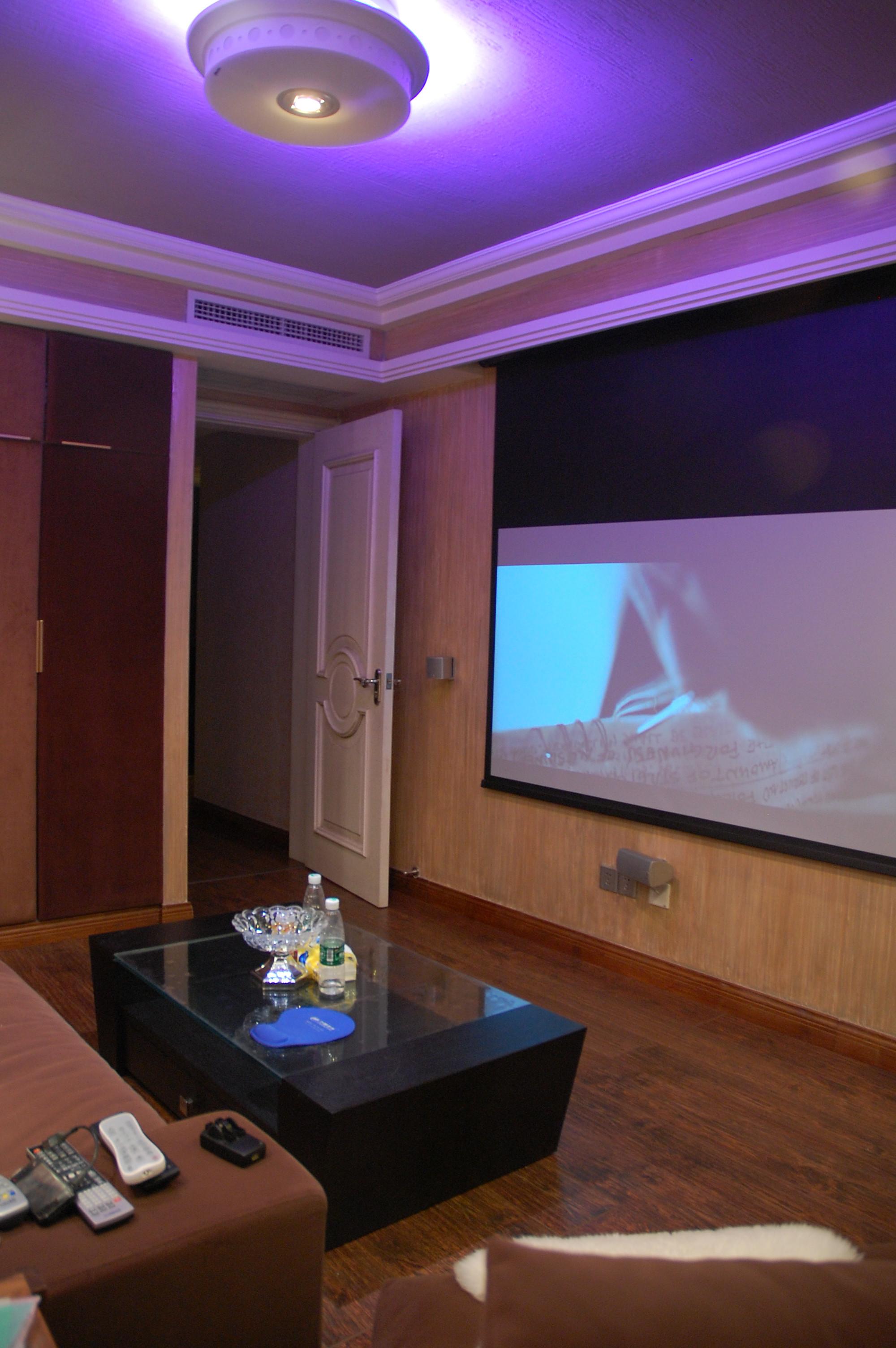 美式三居室装修影音室图片