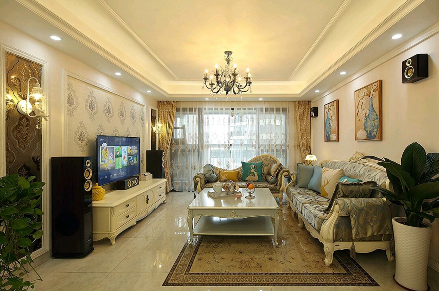 欧式风格三居装修卧室布置图