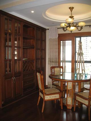 135平中式风格装修餐厅设计图