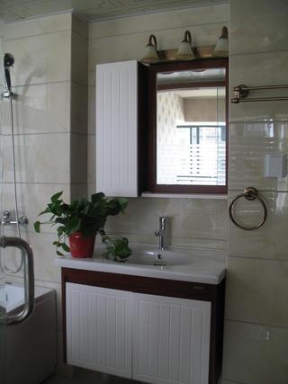 135平中式风格装修浴室柜图片