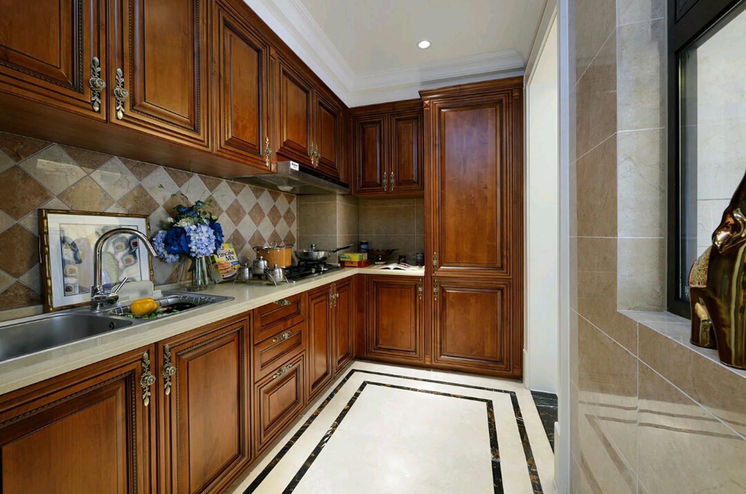 混搭三居装修厨房设计图