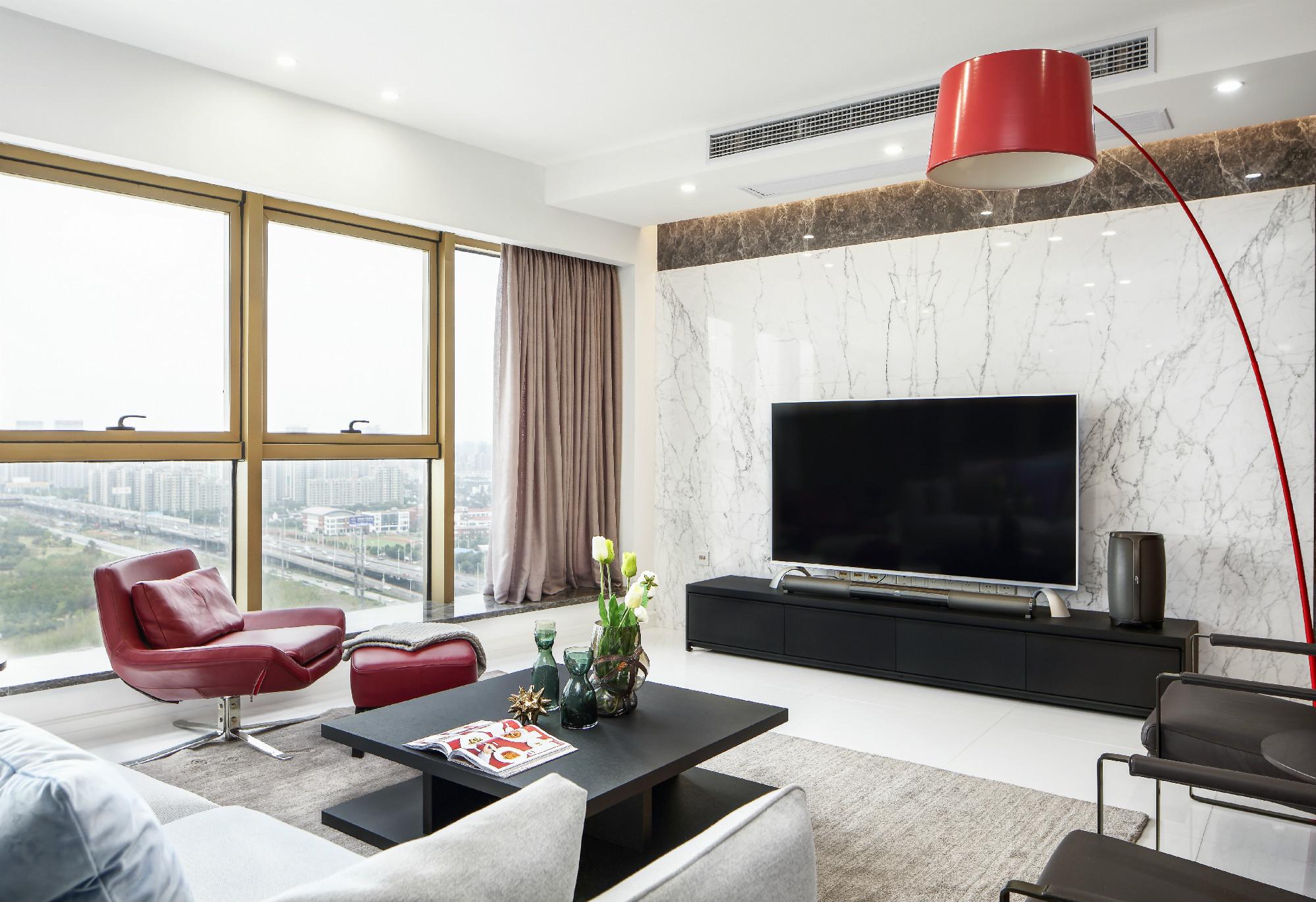 现代简约二居室装修电视背景墙图片
