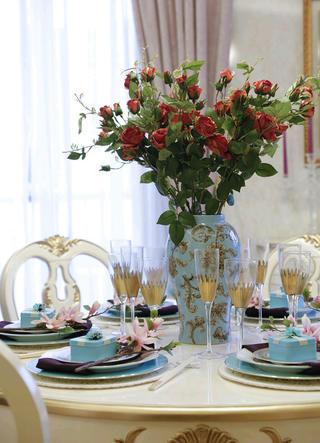 法式复式装修餐具图片
