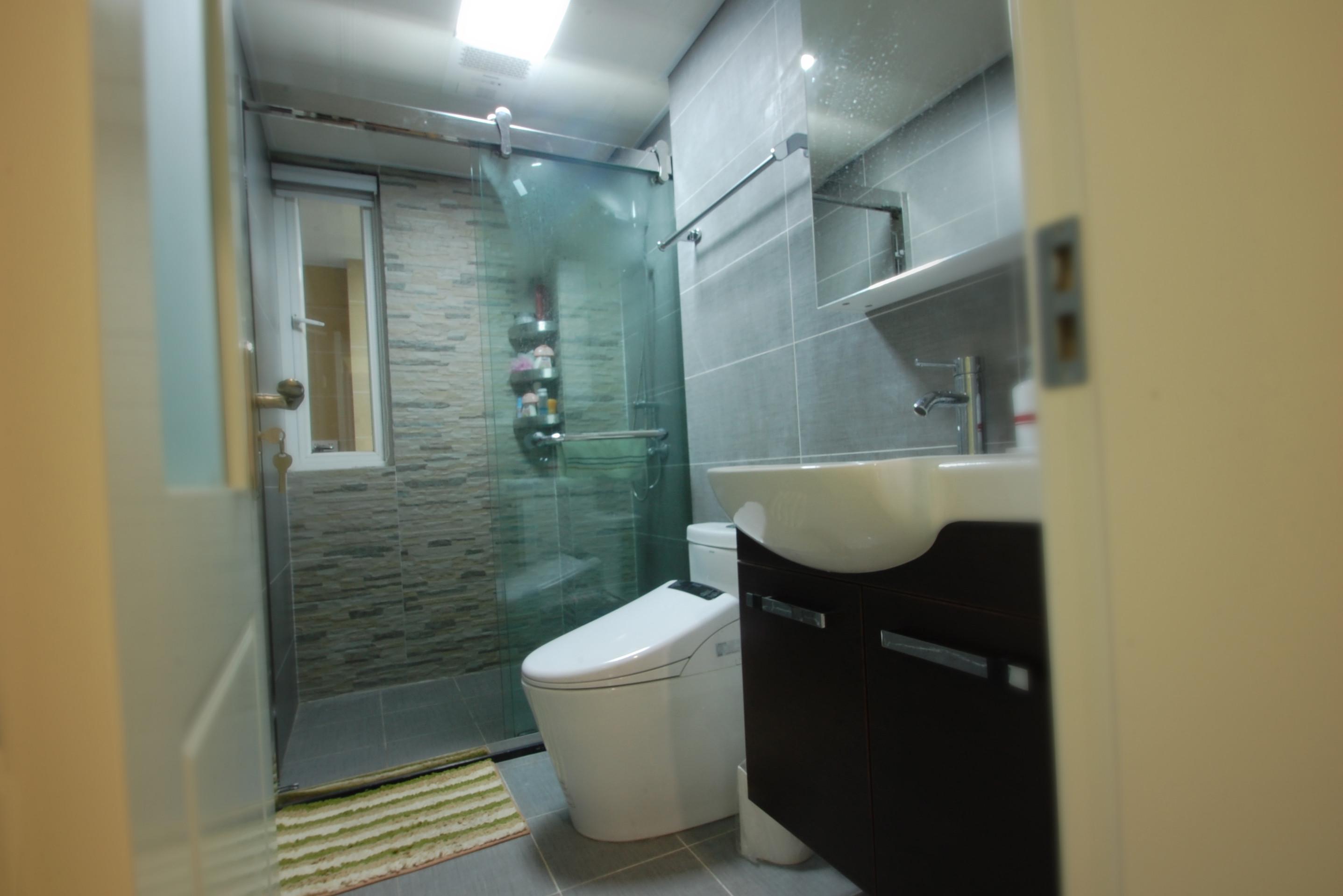 北欧三居装修卫生间装潢图