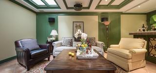 田园别墅装修沙发背景墙图片