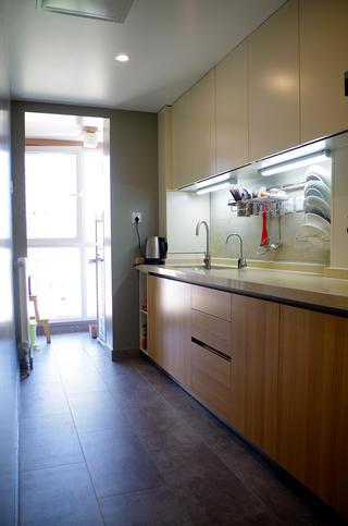 70平北欧二居装修橱柜图片