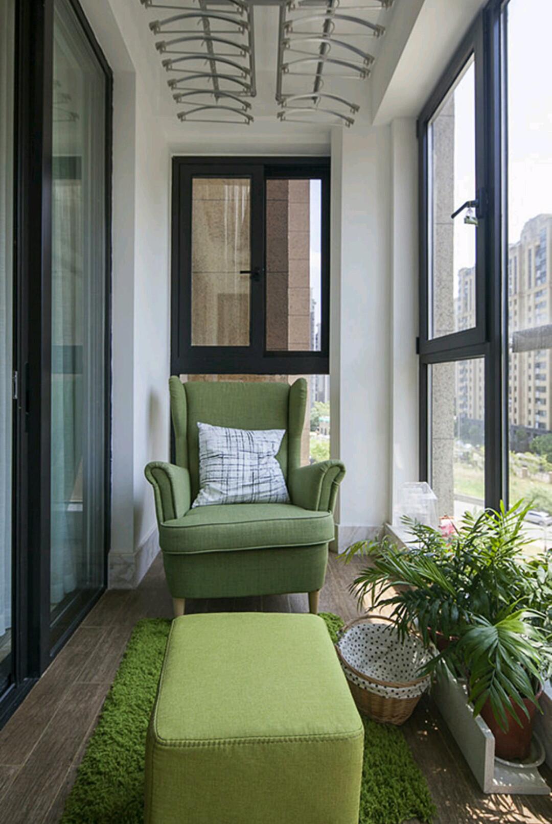 90㎡简约三居室装修阳台图片
