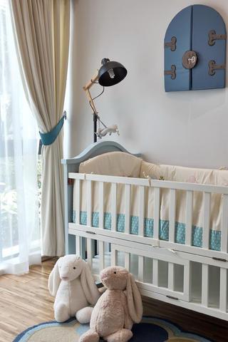 89平现代简约风设计婴儿床图片