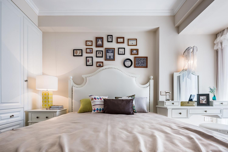 90平美式装修卧室效果图